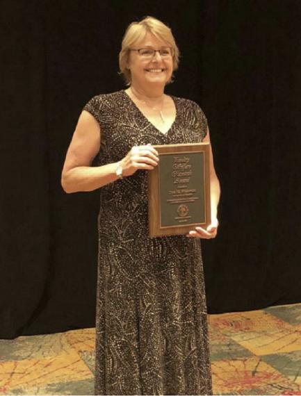 Tina Widowski - Accepting PSA Award